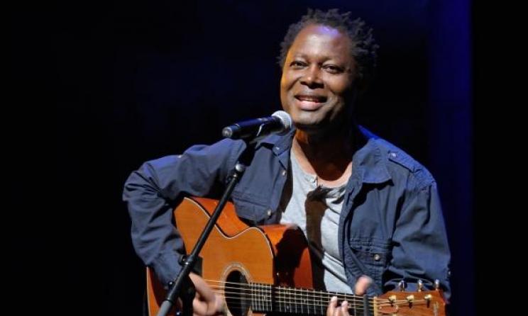 Lokua Kanza, grand album :  Quand l'intelligence sublime la beauté